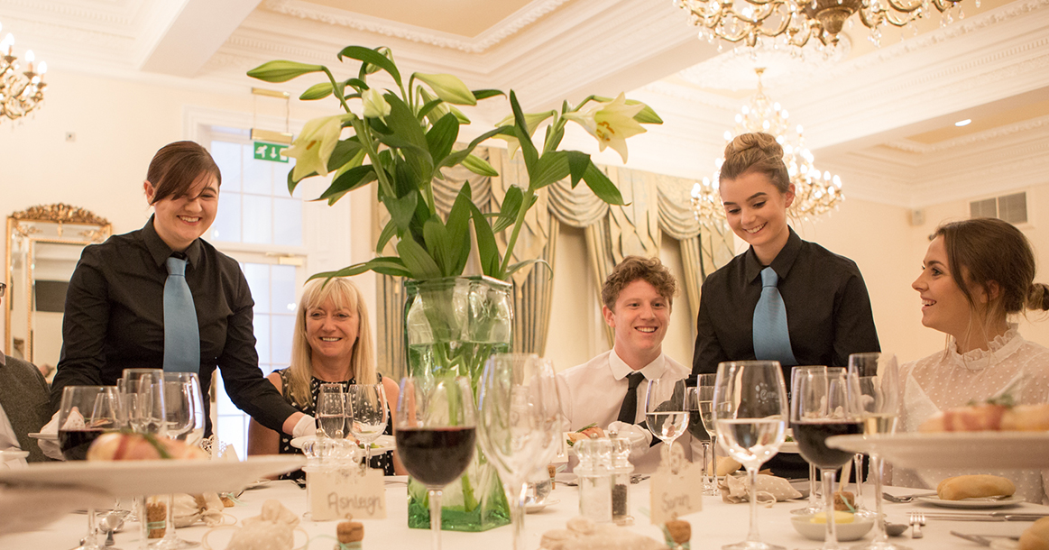 Hospitality Staffing North East UK - Entertain-In